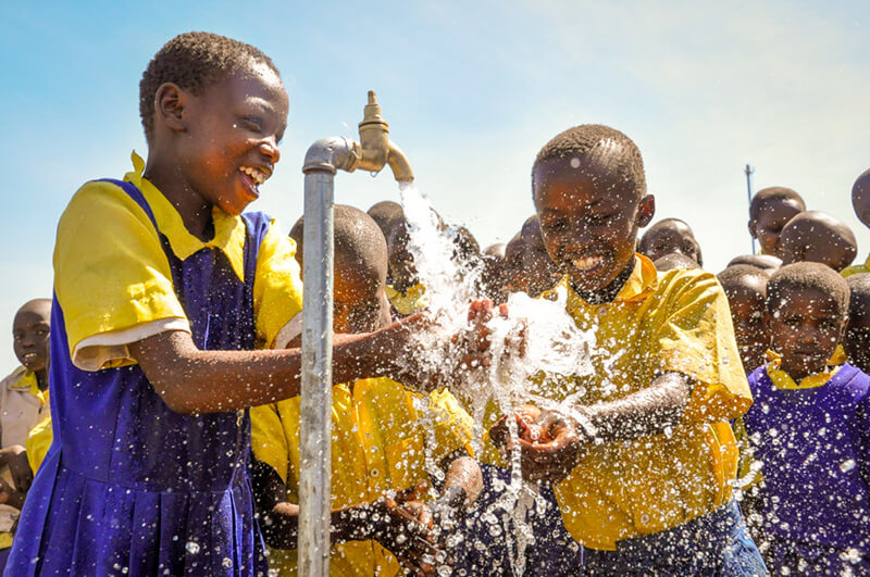 World Vision Helping Kids with Clean Water Around the Water