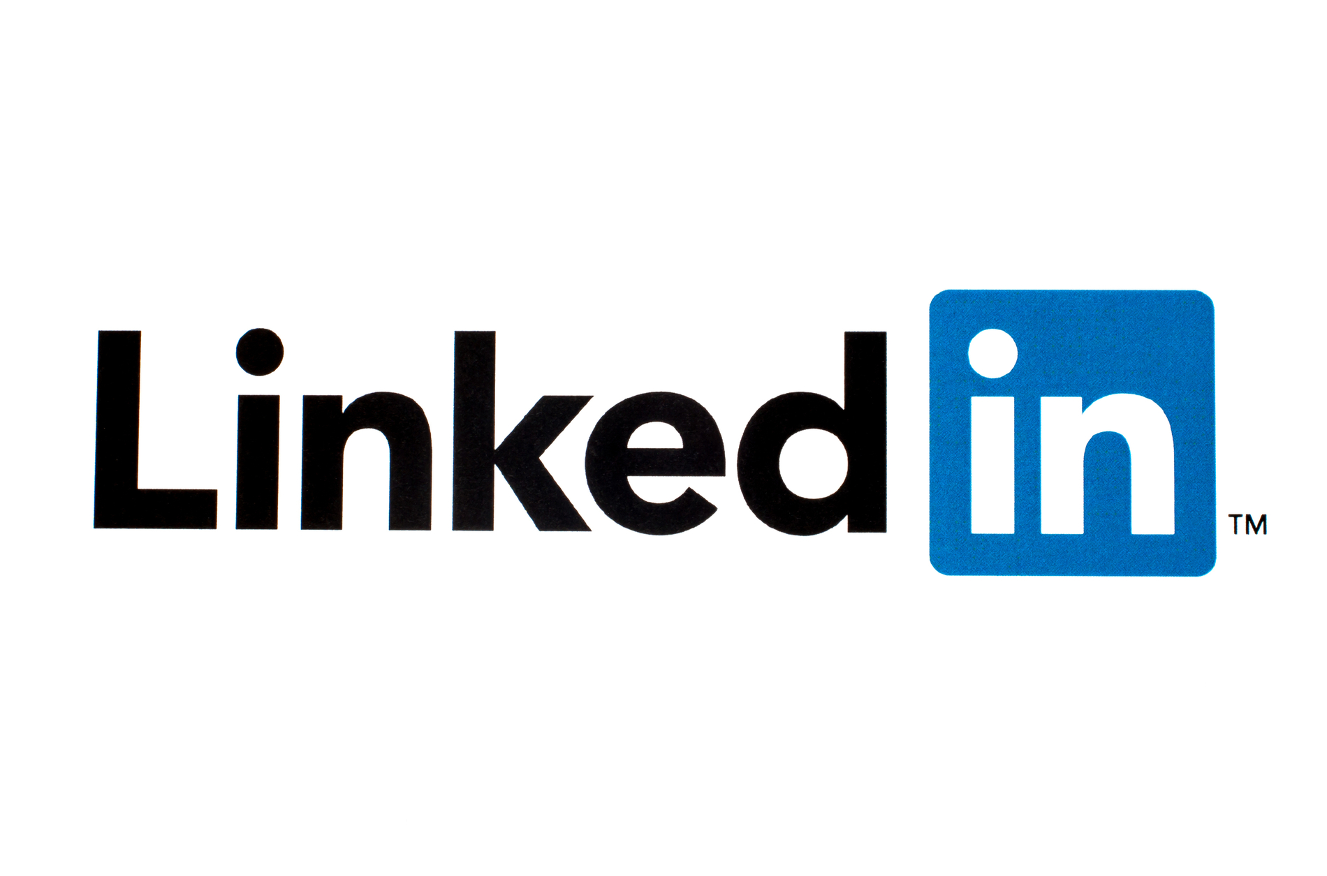 How Dentists Can Take Advantage LinkedIn: Essential Tips